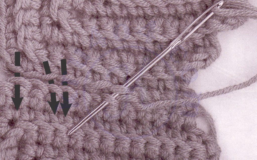 Соединение вязаных деталей иглой встык.